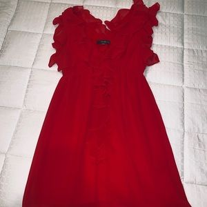 Dresses & Skirts - Red ruffle v-neck cocktail dress! 😍